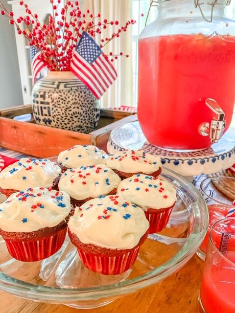 red velvet patriotic cupcakes, patriotic cupcakes, red velvet cupcakes, red white and blue cupcakes