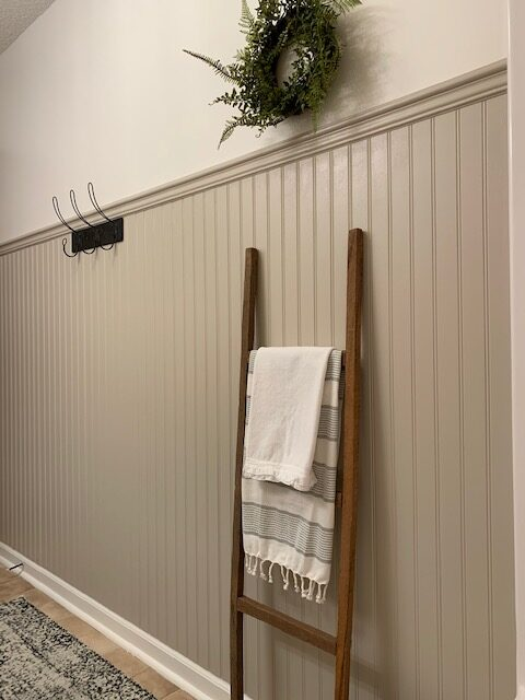 bead board wall treatment in cottage style bathroom