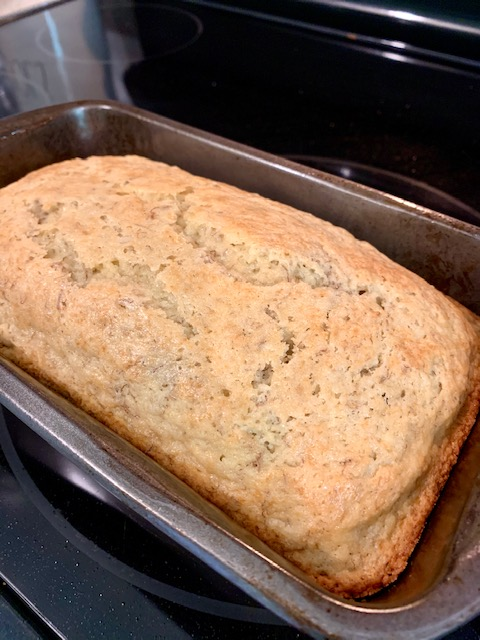 An easy homemade banana bread with the option to use pecans