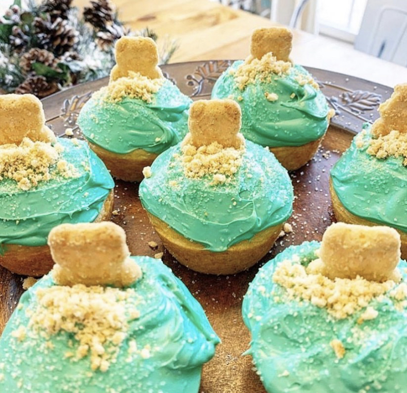 Groundhog Day desserts made from cupcakes
