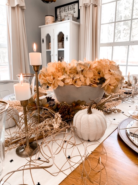 A neutral fall tablescape