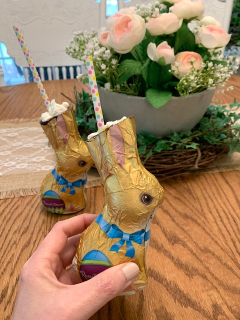 How to make Chocolate Easter bunny drinks for a dessert tray